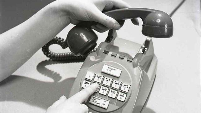 invention of push button phones