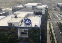 Reliance Jio Will Continue It's Free Services Till Certain Time
