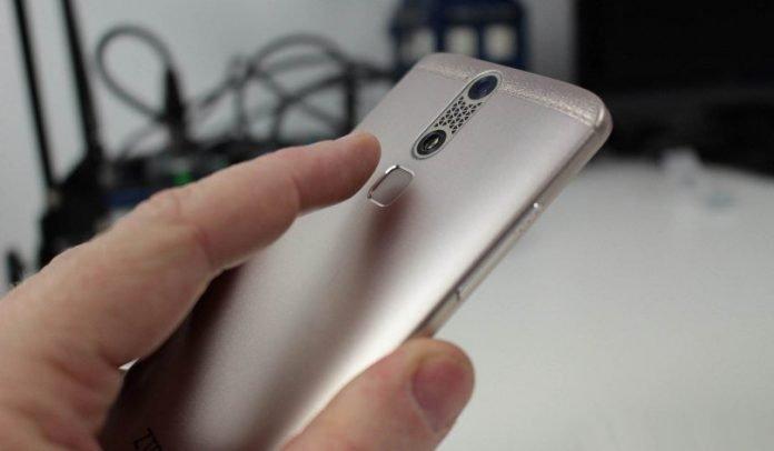 Finger-Print Sensor ZTE AZON Mini 4G Smartphone With Octa Core Processor