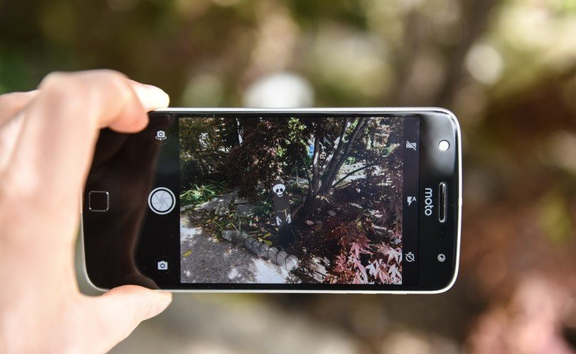 Moto Z Play Camera Review
