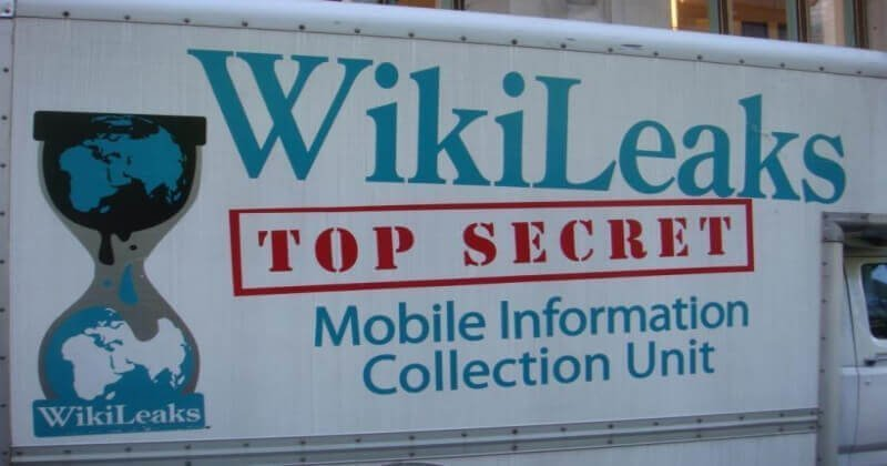 Activist Exposes 11,000 Secret Messages From WikiLeaks Group Chats