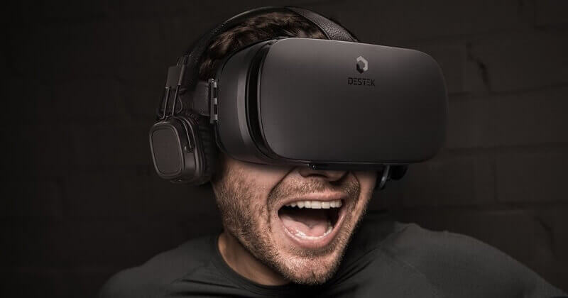 DESTEK V4 VR Headset Full Review With Pros And Cons